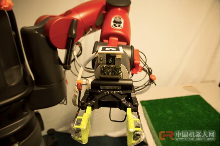 触觉感应系统降临 机器人摸东西有反应了