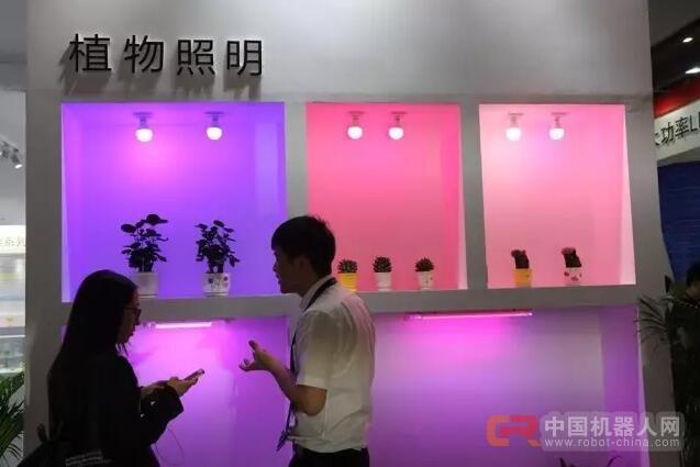 """LED植物照明非主流中""""生长"""""""