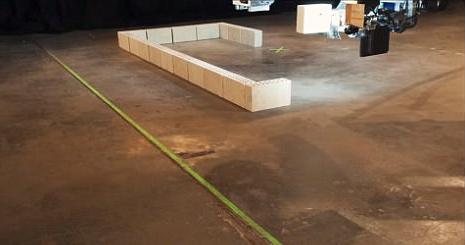 这个机器人能48小时内建造一座房 且无需休息
