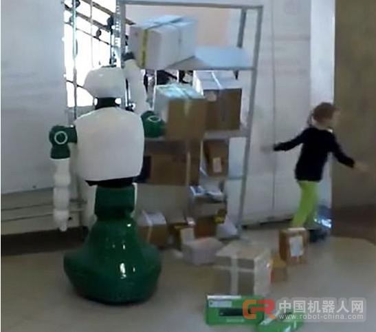 俄机器人自发救助涉险小女孩 开发者被质疑作假