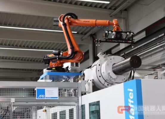 自动化:塑机行业转型升级的利器