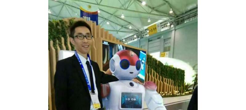将科幻变现实 智能机器人走进生活 遂宁每年造万台智能机器人 年常量千万