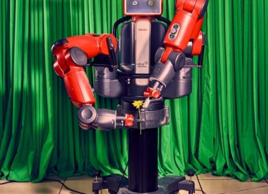 黑暗工厂:当工厂不再需要工人,当人类被迫向机器人乞讨