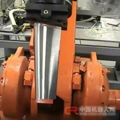 精磨机器机器人打磨机器人v精磨机器人_菠萝刀具书视频图片