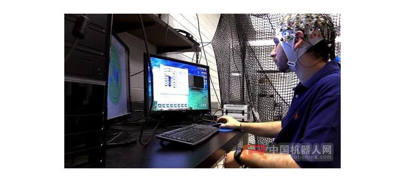 靠想一想就能控制一群无人机?美研究者已通过脑机接口实现