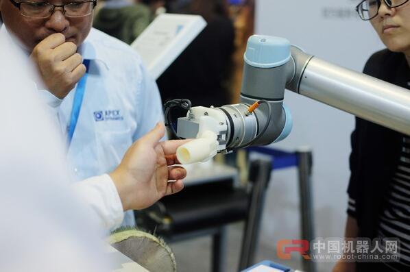 缩影:中国协同机器人销售迎来大爆发 2020年将增长4倍达1.2万台