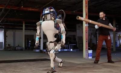 【逆天】波士顿动力曝光最新视频!机器人动作堪比中国武术!(完