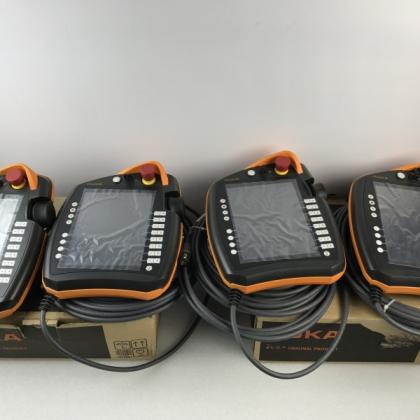 湖南现货供应库卡机器人备件 KCP2编程盒 伺服驱动维修销售