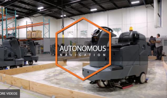 沃尔玛测试机器人 可以自动清理楼面