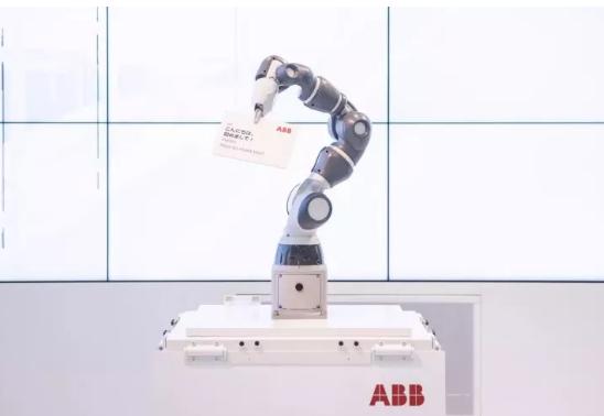 YuMi系列最新款单臂协作机器人面世!