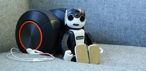日本推机器人手机