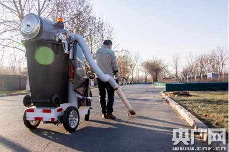 让环卫工人丢掉扫把 移动式保洁机器人背后隐藏的秘密