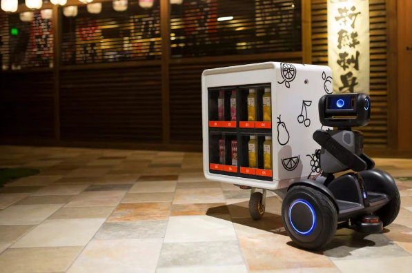 揭秘|世界第一台拥有主动交互能力的自动售卖机器人