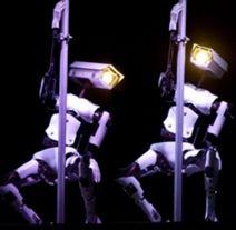 CES2018:蓝宝石携双胞胎脱衣舞机器人亮相