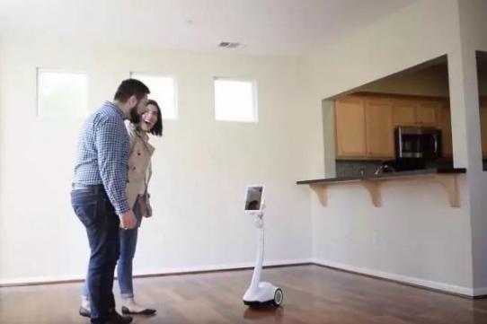 机器人早报:风口上的智能机器人 彷徨下的晋级之路