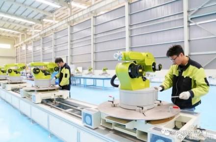 用机器人生产机器人,让实体经济更智慧!