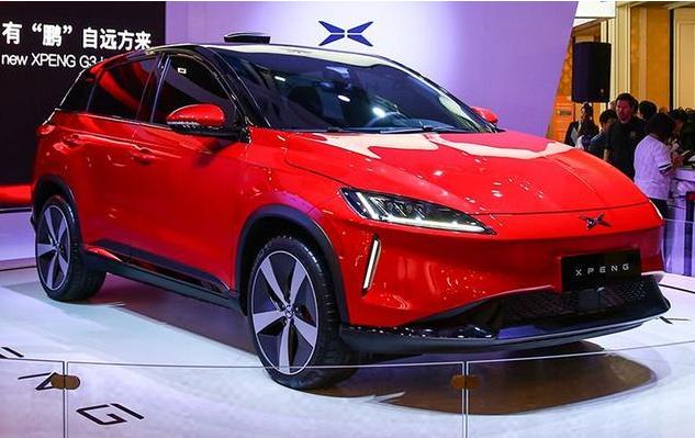 中国人打造的平民特斯拉,无人驾驶只卖10万,老外都竖起大拇指