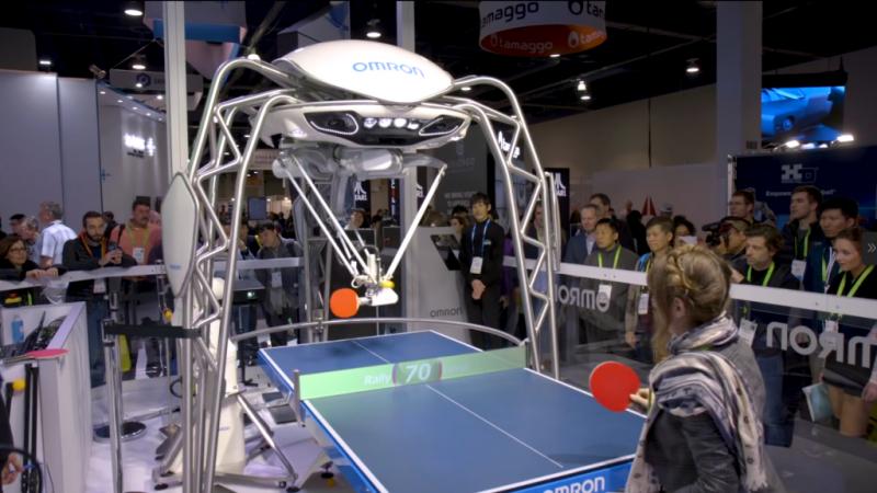 【CES 2018 现场】这个会打乒乓球还很暖的机器人,国家队不来一个吗?