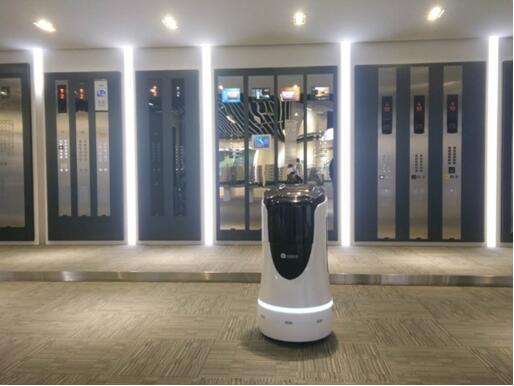 """云迹科技推出""""机器人电梯物联模块"""" 让电梯更懂机器人"""