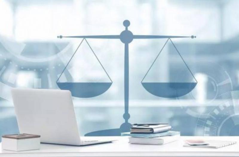法律该赋予人工智能什么地位? 实现与人的智能叠拼