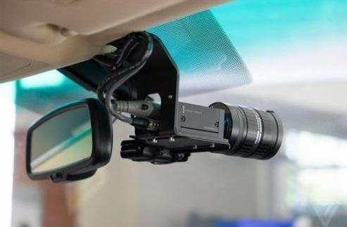 传感器:让无人驾驶拥有人一样的视力
