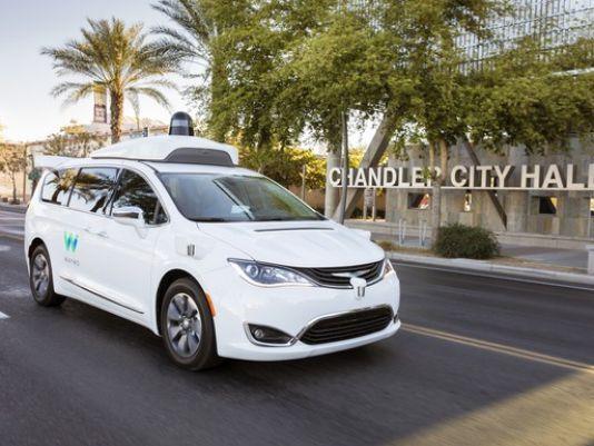 汽车协会最新调查 美国人逐渐接受自动驾驶汽车