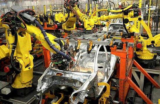 工业机器人需求大幅攀升 2017年销量翻倍