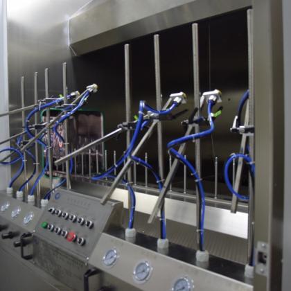 专业的喷涂机器人供应商_巨豪机械 六轴喷涂机器人