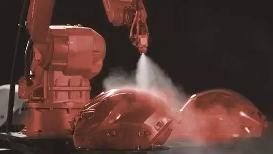 本体销量同比增长4倍 钱江打造机器人梦之队