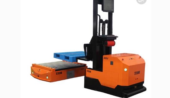 仓储物流机器人(AGV)行业2017年度融资额超10亿人民币