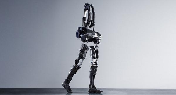 """医疗机器人全年融资15亿,手术、服务、康复机器人稳步发展,""""落地""""成为关键词"""
