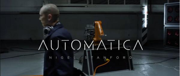 音乐家视频披露工业机器人乐手新专辑制作花絮!