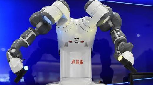 机器人指挥管弦乐队,乐曲会缺少情感与灵魂吗?
