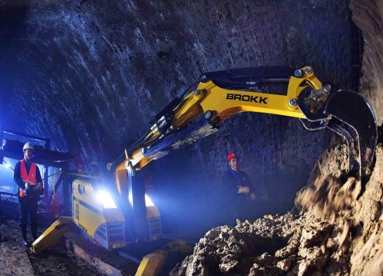 机器人助力攻克西安地铁四号线施工难题