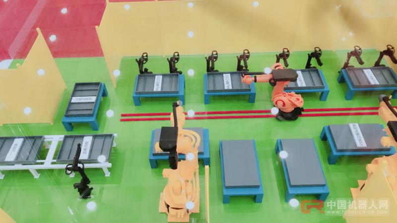 "51ROBOT携""强""焊产品,引行业大咖前来参观 ——宋天虎教授和冯吉才教授来51ROBOT展台参观指导"