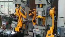 冲压机械手视频 自动化冲床冲压机械手厂家应用视频案例