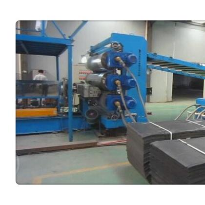 EVA板材挤出机,EVA板材挤出机(型号)