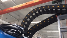 河北瑞奥超长拖链使用案例 安装完毕 客户非常满意