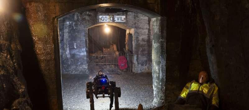 机器人狗能干嘛?国外表示救人、寻物全都能做!