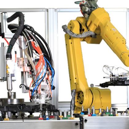 机器人自动涂胶机—专业涂胶机厂家—大连华工创新