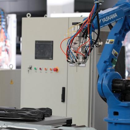 HG-TJ611单组份六轴机器人涂胶机—大连华工