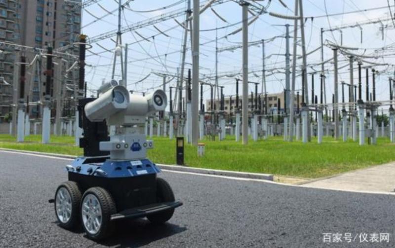 电力运维用上智能巡检机器人