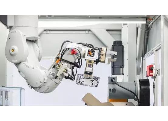 苹果公司为什么做了一个机器人?