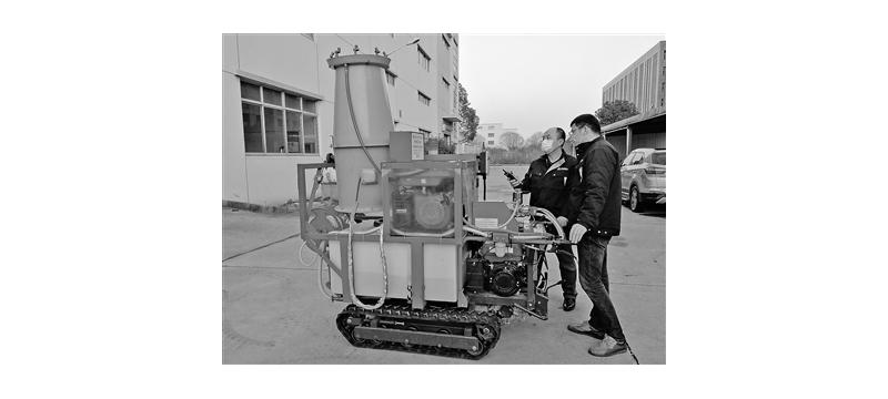 苏州大学研发消毒机器人助力疫情防控