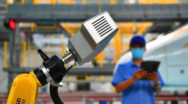 揭秘|京张高铁迎来了智能检修机器人这个新搭档!