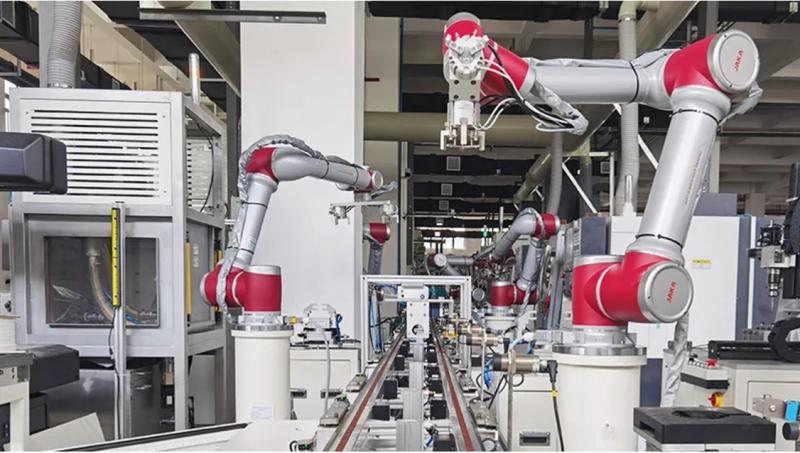 自动化设备协作机器人助力减速器产线,实现生产全自动化数字管理